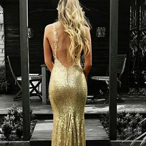 Dresses & Skirts - Trumpet / Mermaid Sequin Gown
